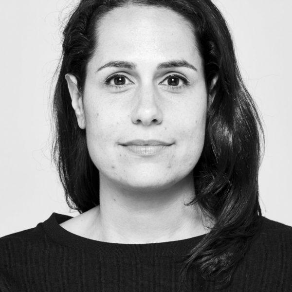 Elizabeth Essner headshot in black and white